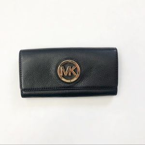 Michael Kors Fulton Flap Continental Black Wallet